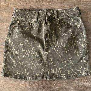 American Eagle Printed Skirt